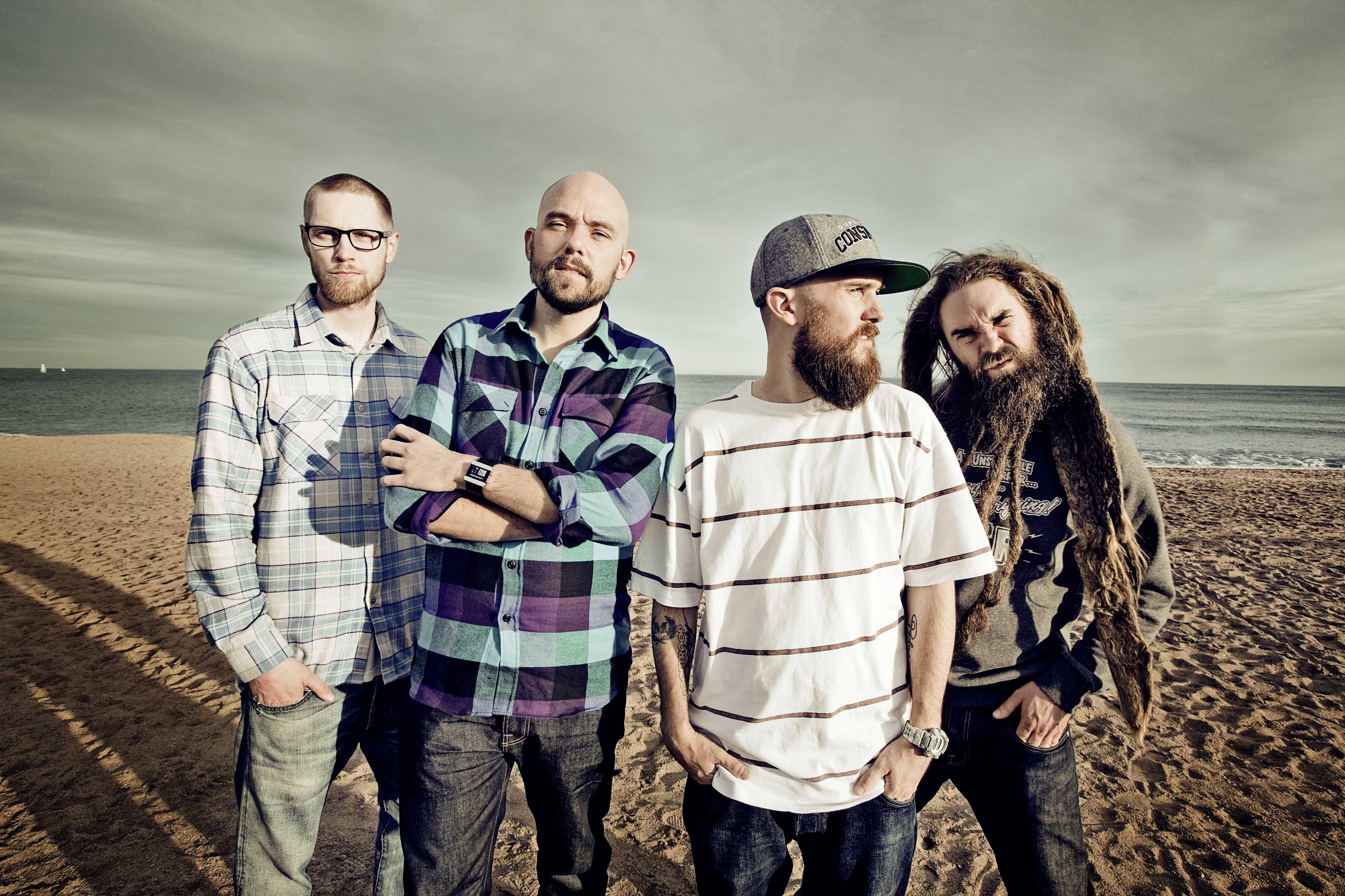 http://www.ilosaarirock.fi/2012/media/images/press/looptroop_rockers.jpg